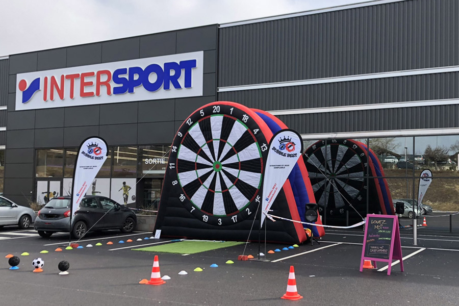 Bubble Foot installé devant Intersport